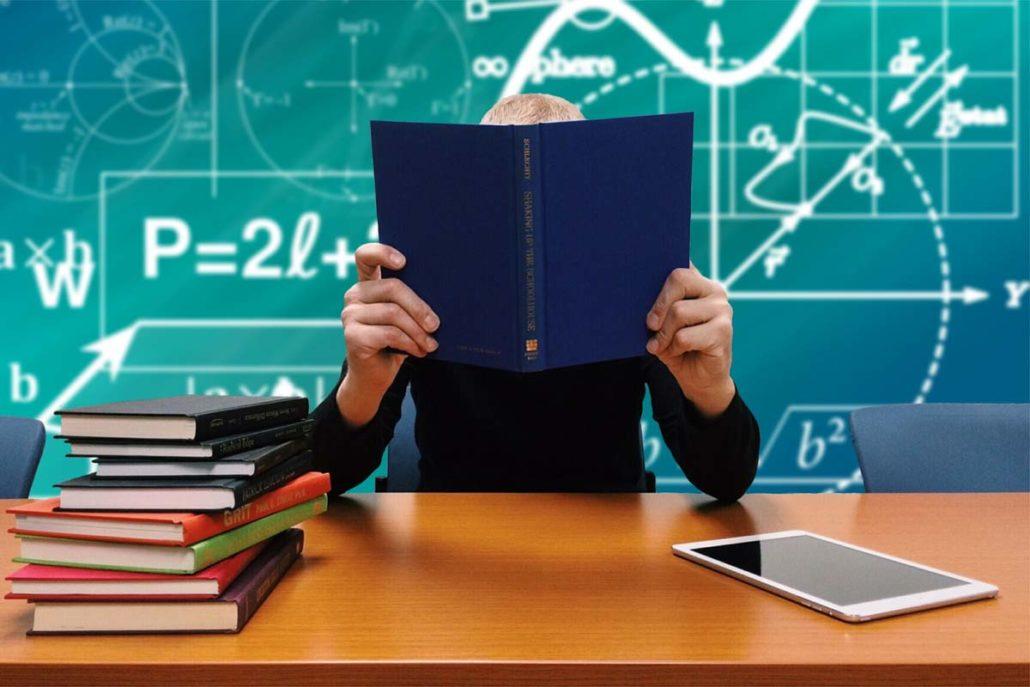 per tutta la famiglia nuovo stile di vita aspetto dettagliato Cento borse di studio per gli studenti, scadenza 28 febbraio ...
